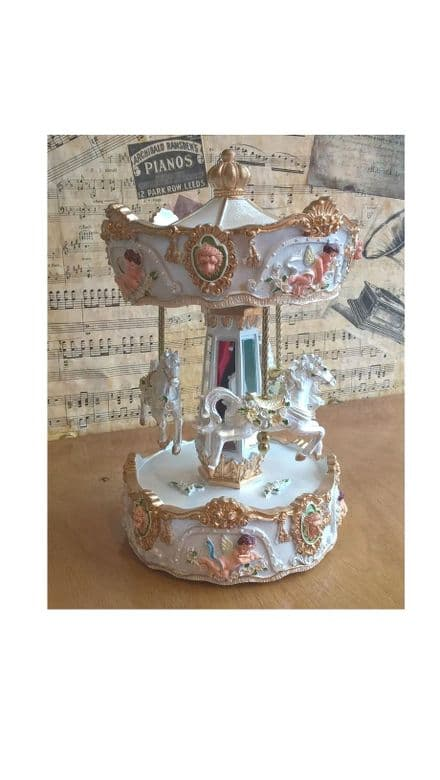 Lion Head Carousel 14237