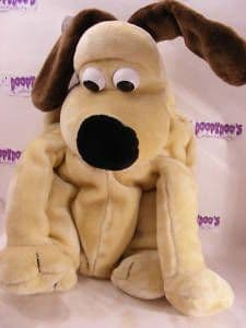 """18"""" GROMIT HOT WATER BOTTLE - WALLACE AND GROMIT"""