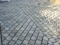Grey Cobbles | Grey Paving Setts | Landscaping Ideas  | Edging Cobbles | Sussex  | Driveway