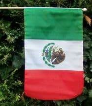 HAND WAVING FLAG - Mexico