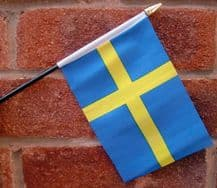 HAND WAVING FLAG (SMALL) - Sweden