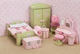 Le Toy Van Daisy Lane Wooden Dolls House Furniture - Master Bedroom ME057