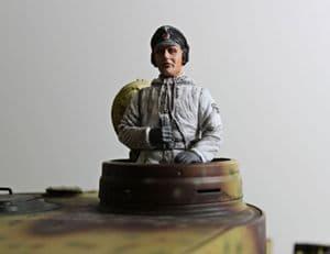 Asiatam German tank commander figure in Winter uniform 1/16 scale
