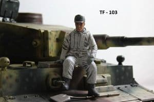 Asiatam German tank crew figure in Winter uniform 1/16 scale