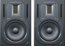 BEHRINGER TRUTH B3030A Active 2-Way Reference Monitors